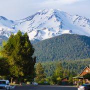 shaktivating-retreat-mount-shasta-goddess-women-town-mountain